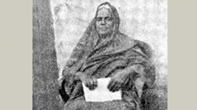 `কুন্তলীন পুরস্কার` প্রাপ্ত লেখিকা মানকুমারী বসু