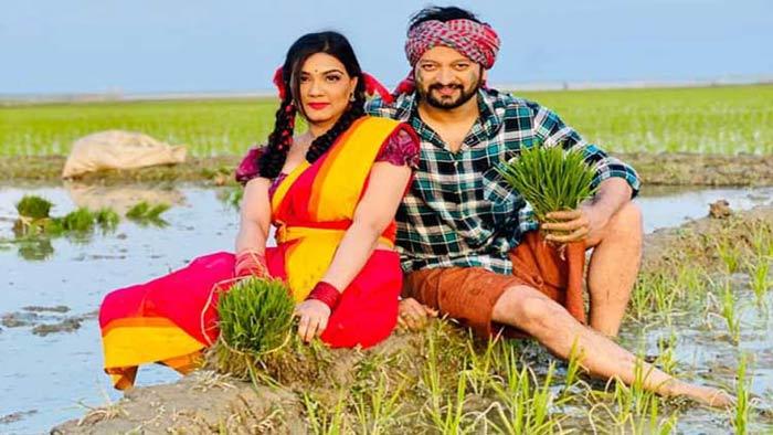 'আনন্দ অশ্রু'তে মাহি ও সাইমন