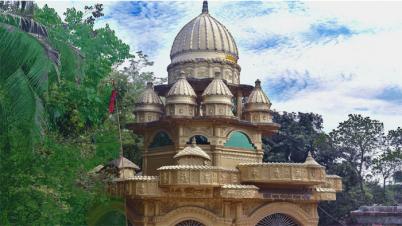 প্রাচীন ঐতিহ্য মির্জাপুরের স্বর্ণ মন্দিরের প্রশস্ত রাস্তার দাবি এলাকাবাসীর