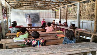 গোবিন্দপুর শিশু কল্যাণ প্রাথমিক বিদ্যালয়ের পাঠদান কার্যক্রমে চরম বিড়ম্বনা
