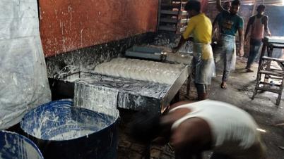 আক্কেলপুরে অস্বাস্থ্যকর পরিবেশে সেমাই তৈরী, ভ্রাম্যমান আদালতে জরিমানা