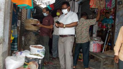 আক্কেলপুরে কঠোর বিধি নিষেধ বাস্তবায়নে মাঠে প্রশাসন