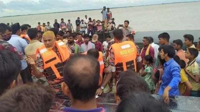 চাঁপাইনবাবগঞ্জে পদ্মা নদীতে নৌকা ডুবির ঘটনার ৩ জন নিহত, নিখোঁজ আরও কয়েকজন