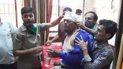 ব্রাহ্মণবাড়িয়ায় হেফাজতের টার্গেট সাংবাদিকরা: প্রেস ক্লাবে হামলা-ভাঙচুর