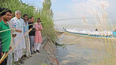 ধুনটে যমুনা নদীর তীর সংরক্ষণ প্রকল্পের ১০০মিটার ধসে গেছে
