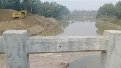 কমলগঞ্জে ধলাই নদীর ২২টি চর অপসারণ কাজ শুরু