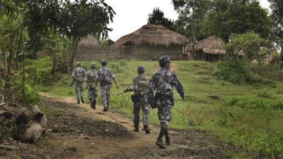 মিয়ানমারে সেনাবাহিনীর অভিযান: গ্রাম ছেড়ে পালিয়ে যাচ্ছে হাজার হাজার মানুষ