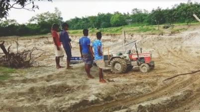 নবাবগঞ্জে অবৈধভাবে বালু উত্তোলন