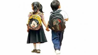 স্কুল ড্রেস ও জুতা ছোট হওয়ায় বিপাকে ঠাকুরগাঁওয়ের শিক্ষার্থীরা
