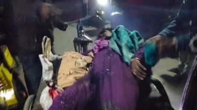 এমভি ফারহান-৫ লঞ্চের ধাক্কায় টার্মিনালে যাত্রীর পা দেহ থেকে বিচ্ছিন্ন