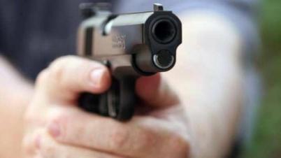 কক্সবাজারে প্রতিপক্ষের গুলিতে নারী নিহত