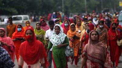 গাজীপুরে রেজিস্ট্রেশন ছাড়াই টিকা পাবেন পোশাক শ্রমিকরা