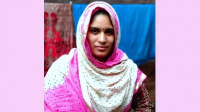 ঝিনাইদহে অন্ত:স্বত্তা স্ত্রীকে পুড়িয়ে হত্যা, স্বামী গ্রেফতার