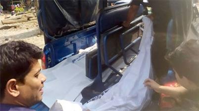 কাপ্তাই লেকে নৌকাডুবিতে ৫ শ্রমিকের মরদেহ হস্তান্তর