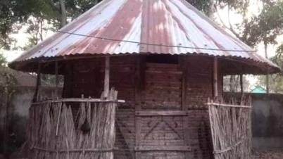 হারিয়ে যেতে বসেছে সম্মৃদ্ধির প্রতীক গ্রাম বাংলার ধানের গোলা