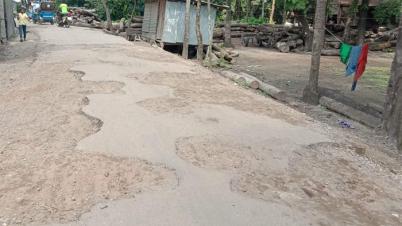 ভোলার গাজীপুর রোডের বেহাল দশা, ভোগান্তিতে এলাকাবাসী